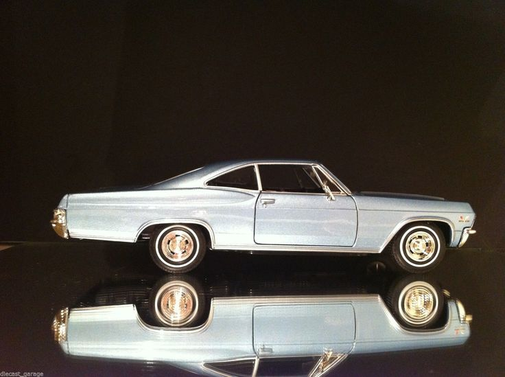 1965 Chevrolet Impala SS 1 24 Scale #Chev #Chevy V8 Muscle CAR | eBay # www.diecastgarage... #diecast #car #die-cast #model #toy #collection #V8 # super car #cruise #hot rod # for sale #muscle #drag #street #collector #1:18 #1:24 #1:43 #1:64