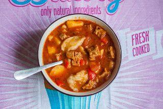 Veganizm- i życie jest pyszne: Przepyszna, rozgrzewająca zupa gulaszowa z kluseczkami.