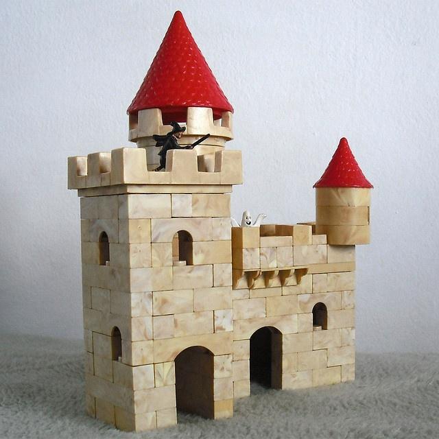 Exin Castillos ~ not Lego, but I still had a blast building little castles as a kid.