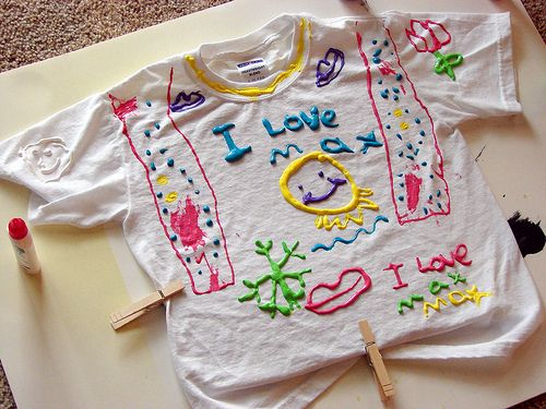 Saturdays were made for producing incredibly ugly — I mean, genius — puffy paint creations. | 23 Things You Used To Wear As A Kid