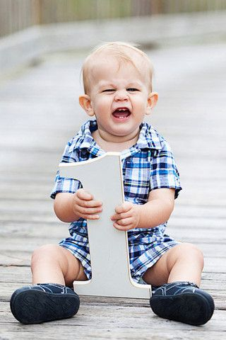 """Cute wooden one """"1"""" sign photo prop for your baby's 1 year first birthday photos! Document your child's growth with these fun age number sign photo props! Take half birthday photos, first birthday pho"""