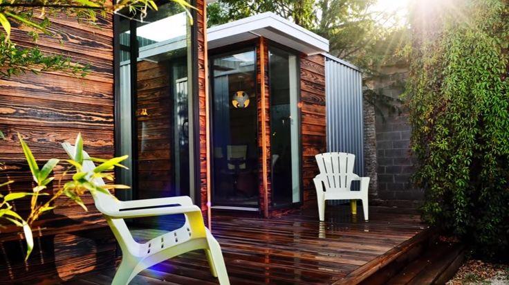 Si no encuentras tu espacio privado dentro de casa, fuera del ruido del resto de la familia, para tener tu oficina, tu sala de ensayos o tus utensilios de jardín, el estudio de diseño estadounidense Sett Studio ofrece una solución fáci y relativamente barata.