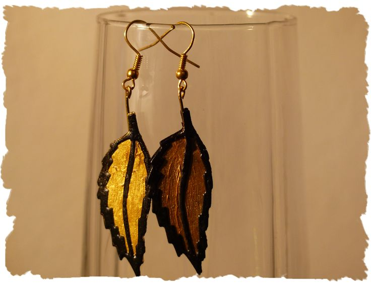 Cartoncino nero - pasta acrilica oro - Carmen Benelli