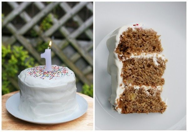 Homemade healthy Smash Cake for littles who eat healthy:) Banana Bread cake with Greek Yogurt/Honey icing! YUM Found on Hellobee.com!