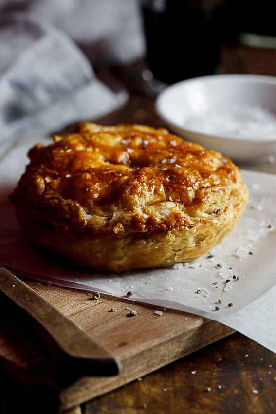 Rich savoury pepper steak stew encased in golden, buttery pastry. Pie perfection.