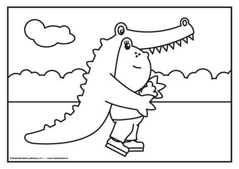 """De Nationale Voorleesdagen zijn begonnen met als prentenboek van het jaar """"Krrrr...okodil! Speciaal daarvoor gaat Lola vandaag verkleed als krokodil. Eng hè?"""