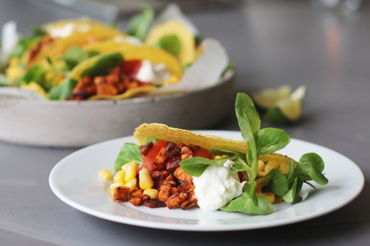 Mexican taco's, Vegetarian tacos, Vegetarian dinner, Healthy dinner, Mexican dinner, Dinner recipes, Healthy dinner recips, Healthy food, Glutenfree dinner, Glutenfree tacos, Vegetarian meat, Tempe recipes, Healthy lunch, Mexicaanse taco's met tempehgehakt, Recepten met tempeh, Vegetarische hoofdgerechten, Vegetarische taco's, Vegetarisch gehakt recept,Vegetarische foodblogs, Beaufood recepten, Gezond avondeten
