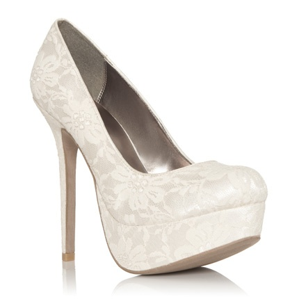 I like!Prom Shoes, Wedding Shoes Heels Ivory, Woman Shoes, White Heels, White Lace Heels, Justfab Daisies, Bridal Shoes, Wedding Shoes White Pump Lace, Lace Pump