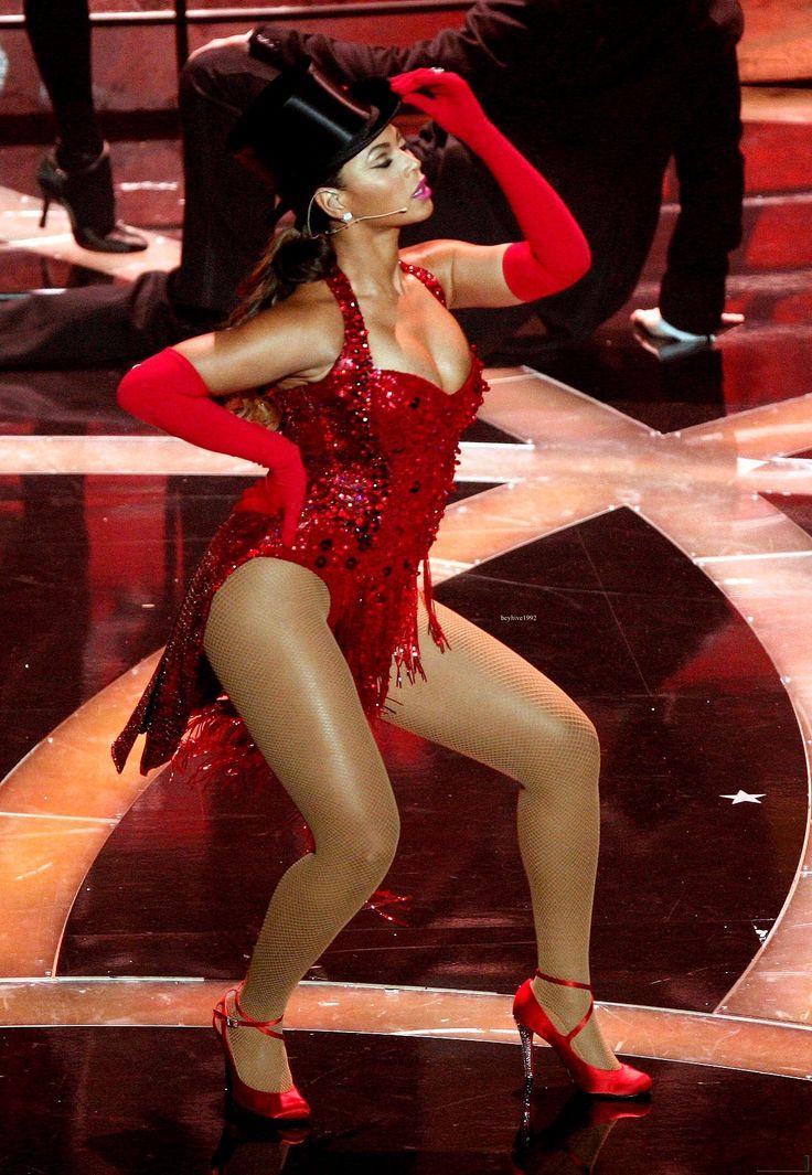 Beyonce french upskirt
