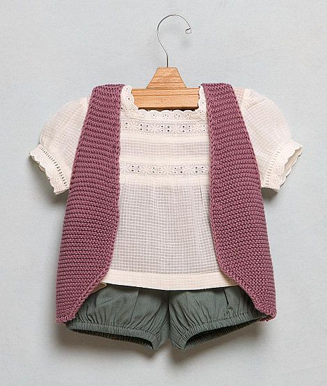 I know I'm having a boy, but this baby outfit is so cute!