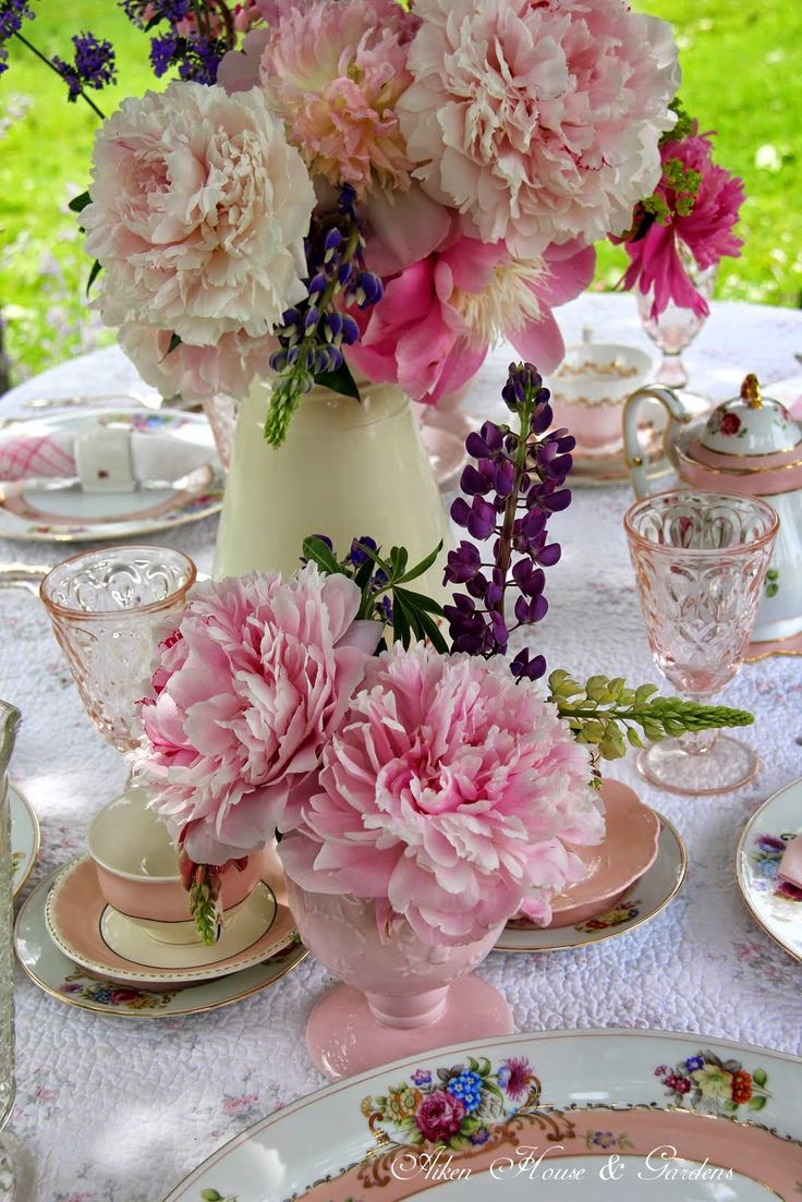 28 best ladies spring tea table ideas images on pinterest for Garden tea party table decorations