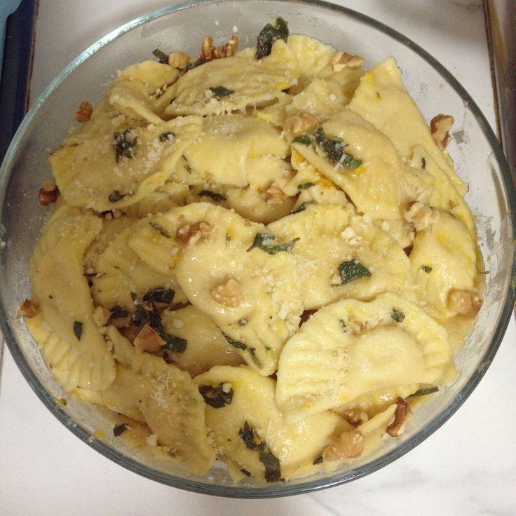 Ieri ho fatto i ravioli con ripieno di zucca ... Ecco come sono venuti! #pastafresca #ravioli #zucca #homemade