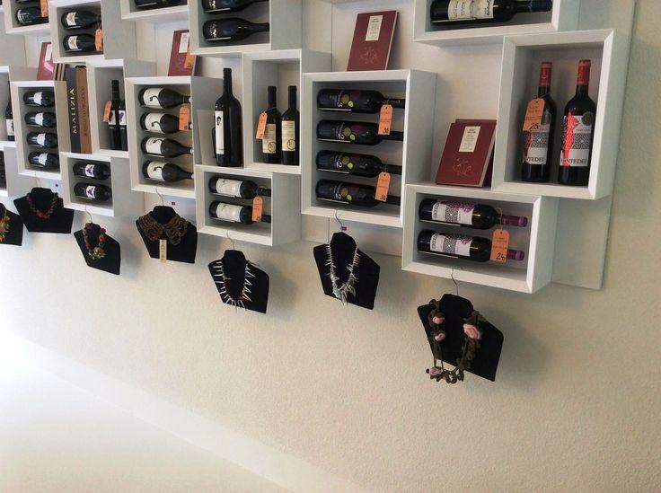 #Portabottiglie #design da parete Esigo 5 Total white Version - arredamento #enoteca