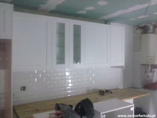 SENHOR FAZ TUDO - Faz tudo pelo seu lar !®: Montagem de cozinha Ikea em Porto Salvo