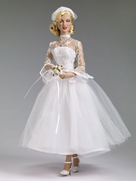 Shipboard Wedding - Marilyn Monroe Collection - Tonner Doll Company