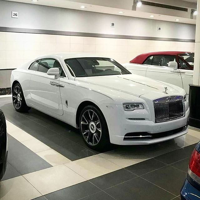 Instagram media by rolls_royce_moscow777 - Rolls Royce Wraith  2nd series 👑 🔝 ⚪ Like+Comment #rr #ghost #wraith #car#drophead#premium #phantom #cars #luxury #beautiful #rich #beauty #rollsroyce #rolls_royce #moscow #rollsroycemoscow #rollsroyce#2017 #photooftheday #car#dawn #royal#москвасити #royalmoscow #elite#москва #terrific#nice#follow  #like4like