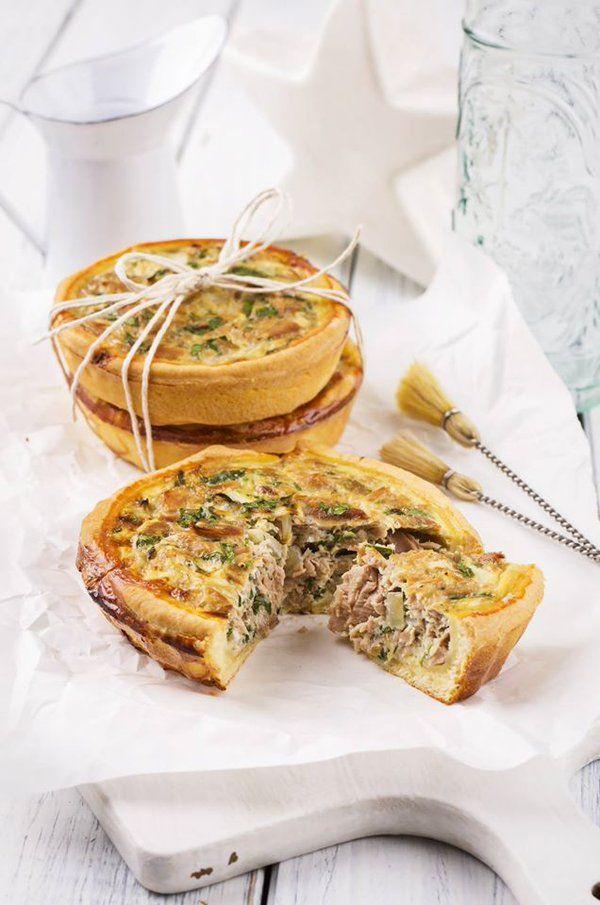 Quiche provençale au thon  Une entrée simple et économique pour un déjeuner léger   #recette #quiche #thon