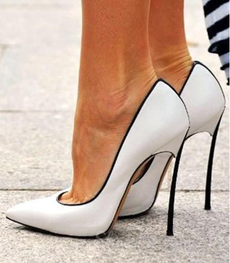 Just looove these white and black Stiletto Heels!!!!