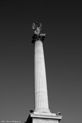 Budapest in Black and White. - Millennium Monument