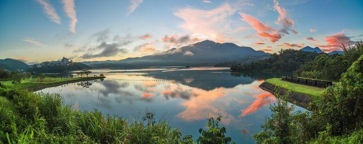 その美しさがあなたを魅了する!台湾の絶景リゾート「日月潭」とは | RETRIP[リトリップ]