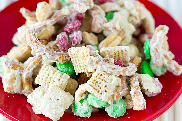 Reindeer Chow  |  Chex, Cheerios, peanuts, pretzels, M&Ms & white chocolate. What's not to like?