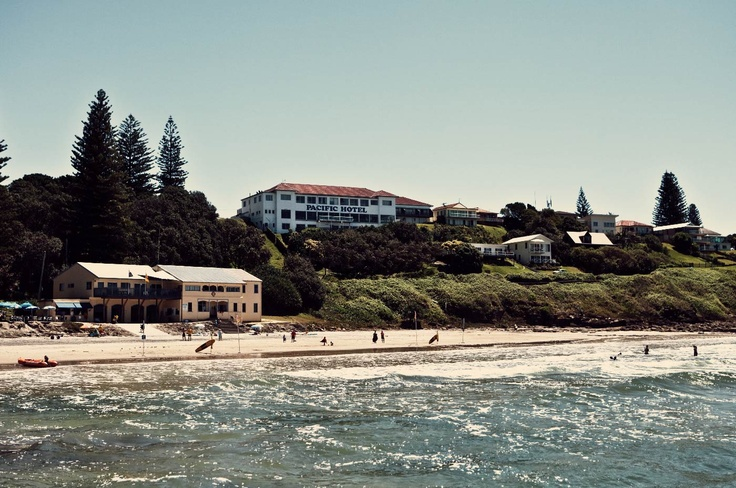 One of the most famous Aussie pubs - a sprawling mass of a joint with sensational views and standard pub fare. Famous for the surf and Yamba prawns.