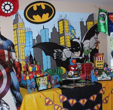 Batman Party Table Backdrop, Batman Party Decor, Superhero Party Supplies, Batman Mural, Superhero Mural, Superhero Party Decor, Batman