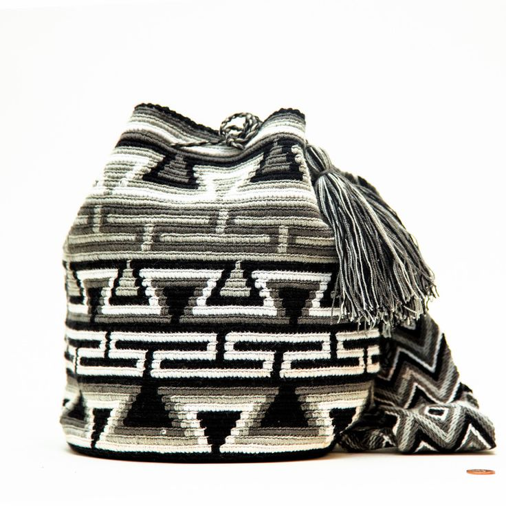 Cabo Wayuu Bag – MOCHILA WAYUU BAGS | Handmade by the Wayuu People