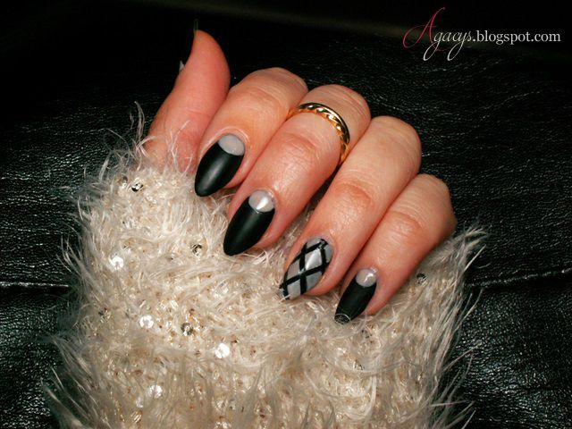 Black&Beige nails
