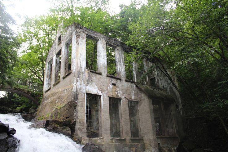 Ruines chutes