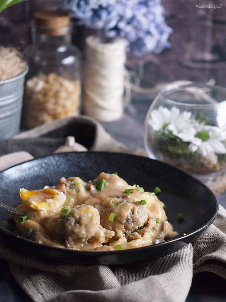 Klopsiki w sosie żurkowym / Meatballs with sour rye soup sauce