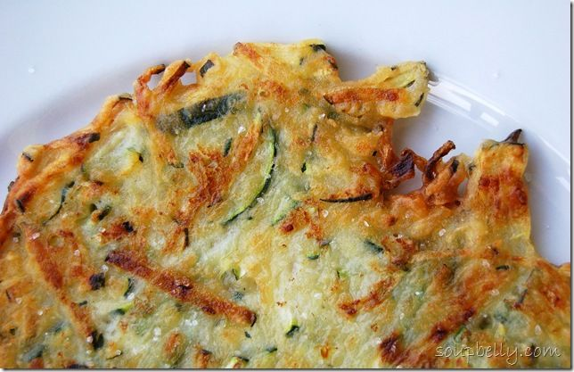Korean style zucchini pancakes, only 5 ingredients, great quick lunch or after school snack