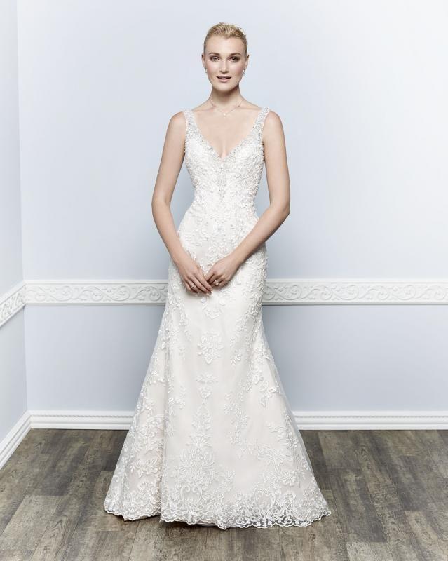 Igen Szalon Kenneth Winston wedding dress- 1658 #igenszalon #wedding #weddingdress #kennethwinston #eskuvo #eskuvoiruha #menyasszony #menyasszonyiruha #Budapest