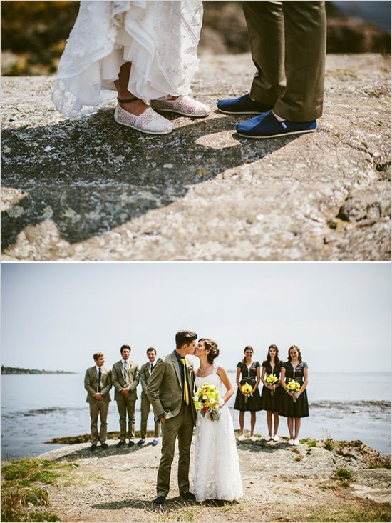 the bottom pic with bridesmaids & Groomsmen
