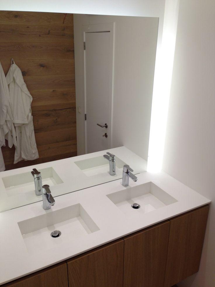 30 best images about meuble sur mesure on pinterest plan for Salle de bain chene massif