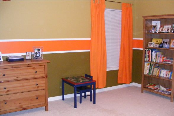Green Paint For Boys Room | Green and Orange Boys Room - Boys' Room Designs - Decorating Ideas ...