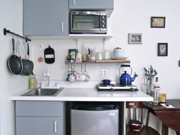 5 Smart Studio Apartment Layouts That Work Wonders For One Room Living 5 Genius Ideas For How To Lay In 2020 Studio Apartment Kitchen Apartment Kitchen Studio Kitchen