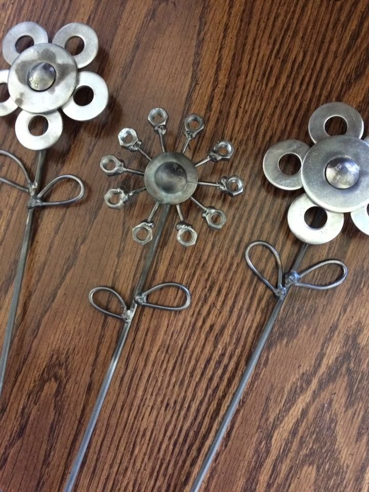 Welded flowers 4h project metal art pinterest for Metal arts and crafts