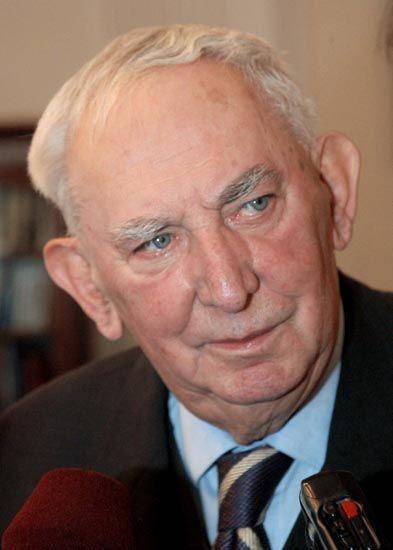Gustaw Holoubek