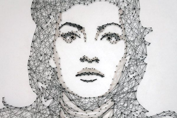 """""""The NETwork serie of works are feeling or better filing (fili in Italian means threads) portraits, made out of threads and nails."""" by Pamela Campagna: Artistiqu Sont, Nails Art, Art Inspiration, Nails Portraits, Artists Pamela, String Art, Comprehen Artworks, Pamela Campagna Art Performing, Creative Artworks"""