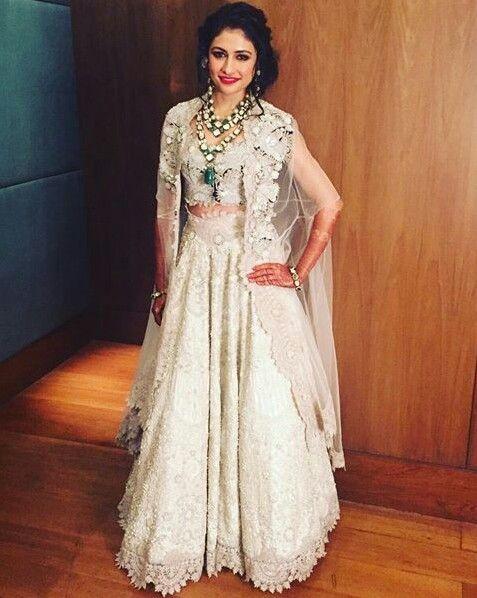 Anamika khanna bride