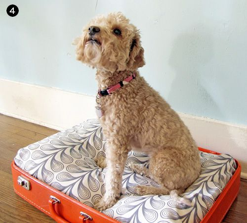 DIY Vintage Suitcase Dog Bed // Easy DIY Gifts for Your Dog