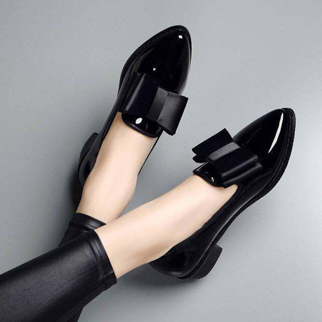 Zapatos oxford de gran tamaño para mujer, mocasín negro, punta estrecha, zapatos planos sin cordones, zapatos planos de mujer, botines de charol, zapatos mujer 75h83   – Whatever  U  Want