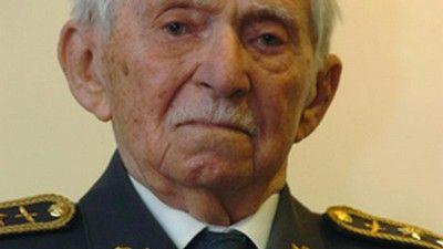 Zemřel slavný veterán 2. světové války generál Peřina