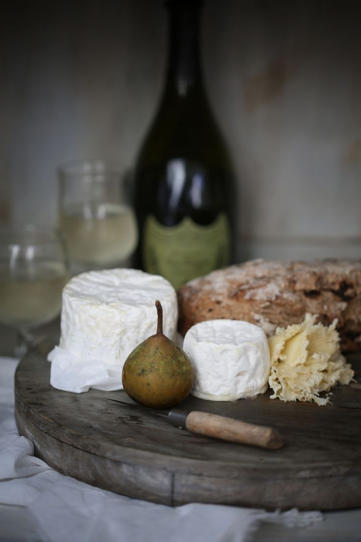 Cheese, wine and figs