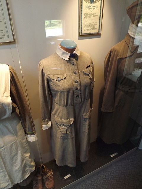 Lotta svärd uniform by Fältjägaren, via Flickr