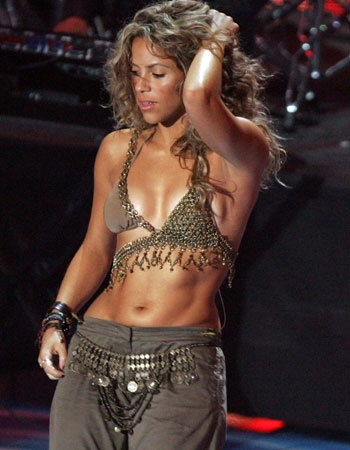 #Shakira is known for using #bellydance in her performances. She comes from Colombian/Lebanese background.