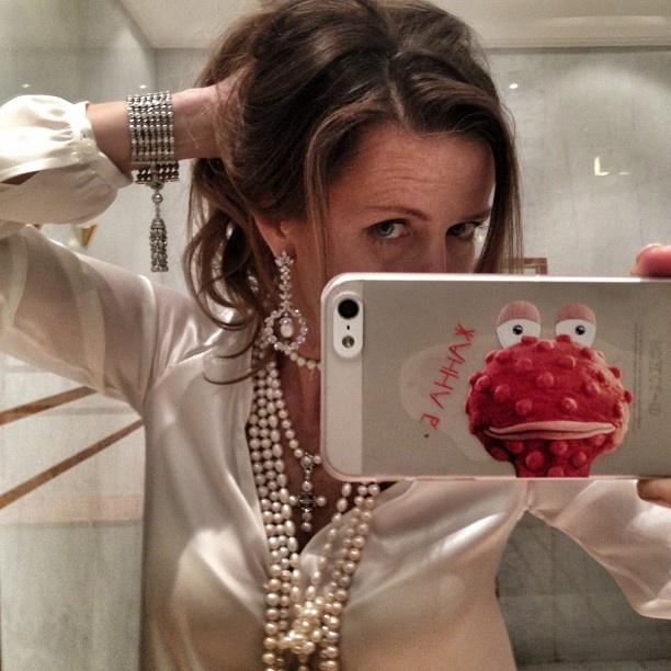 Ника Белоцерковская показывает свои бриллианты   СПЛЕТНИК