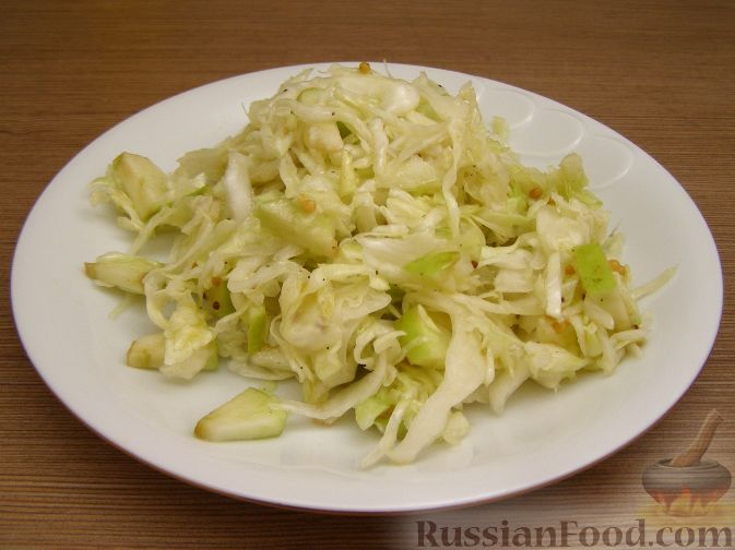 Капустный салат с имбирем. Свежий имбирь придает азиатский колорит даже простому салату из капусты и яблок!