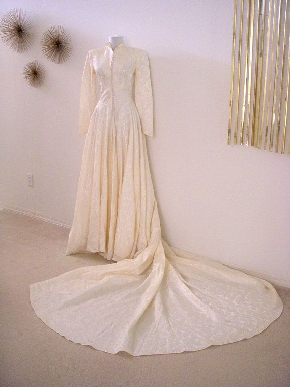 Mariage des années 1950 Vintage Damas Ivoire robe avec le